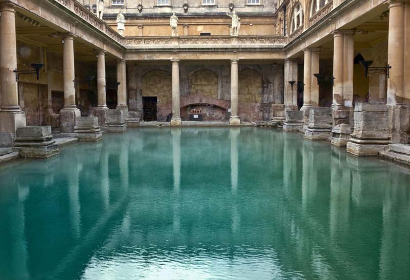 Roman Baths - Bath UK Tourism, Accommodation, Restaurants & Whats On