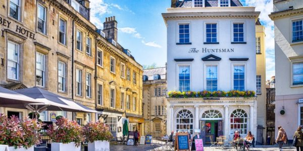 Iconic Buildings & Views of Bath Series – The Huntsman